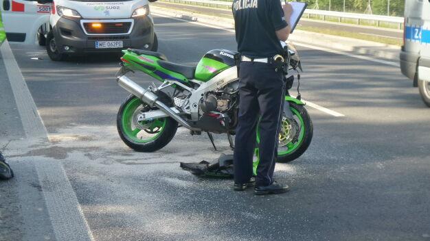 Wypadek na Żołnierskiej. Ranny motocyklista zmarł w szpitalu