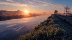 Rzeka Misty o świcie (fot. Kevin Pearson)