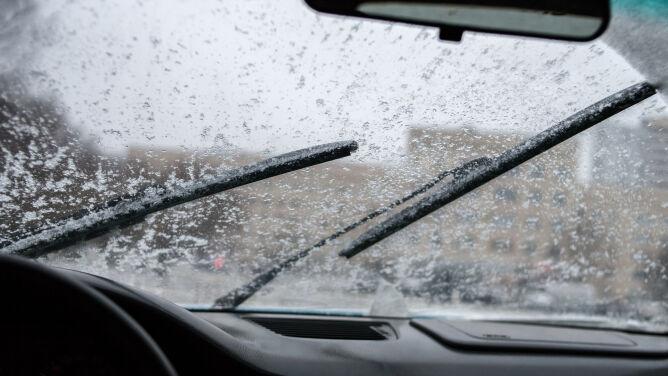 Marznące opady i gołoledź na drogach